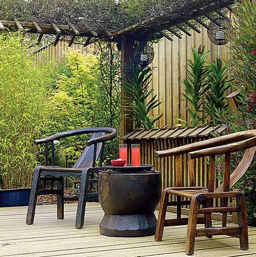 Патио на даче в японском стиле беседка