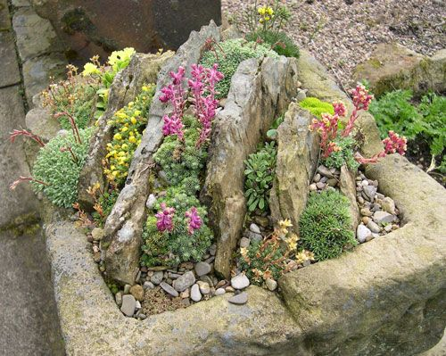 Идея миниатюрной альпийской горки